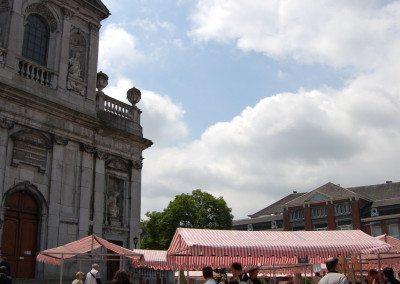 Biennale de la céramique 2006 - Marché des potiers - place du Chapitre (9)